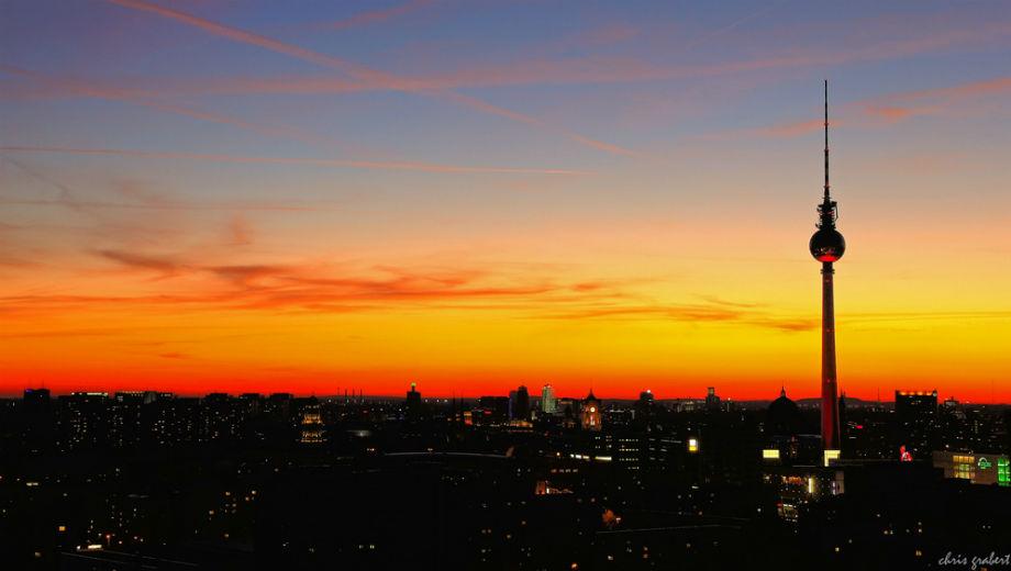 Abendhimmel über Berlin (Image CC by Chris Grabert/ https://www.flickr.com/photos/chris_grabert/6248961289)