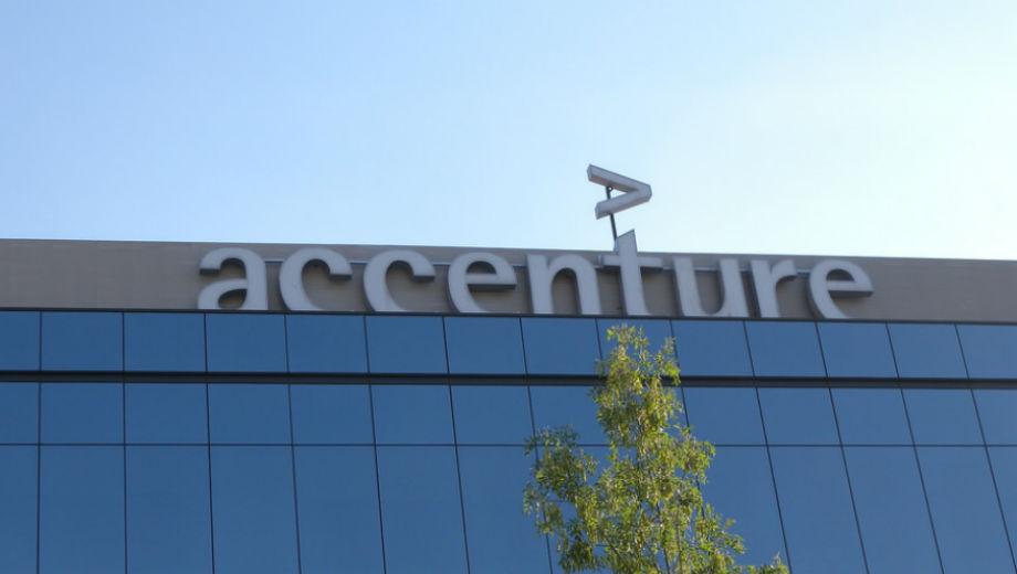 Accenture (CC BY 2.0 by Ricardo Ricote Rodríguez/https://www.flickr.com/photos/ricote/4779078739)
