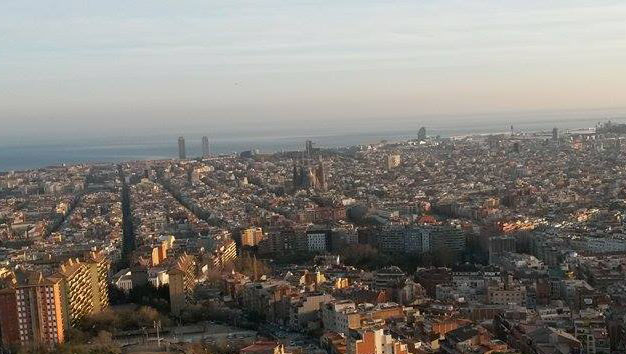 Barcelona cc by Tim Missethan