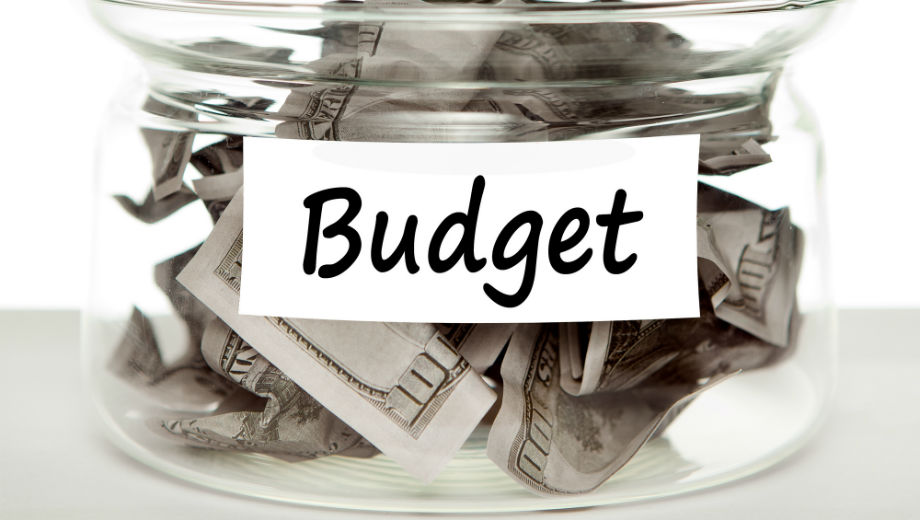 Budget (CC BY 2.0 by Tax Credits/https://www.flickr.com/photos/76657755@N04)
