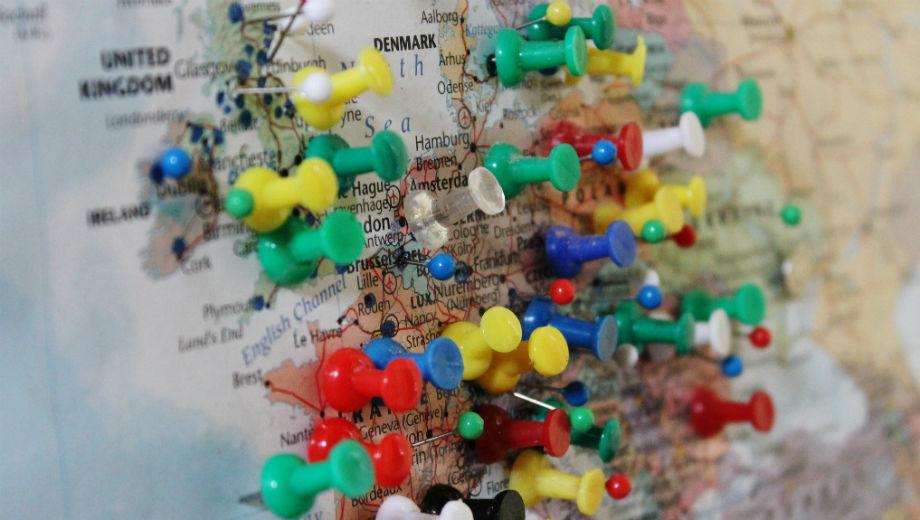 Europe (CC BY-SA 2.0 by Charles Clegg/https://www.flickr.com/photos/glasgowamateur/7892308660/in/photolist-d2q9pf-Hv8jKF-r8XwPU-9WRTdS-bdNwVT-7o5Y5M-7kAUr8-bfEaw2-a1YhBY-5YNTrB-7ojPAL-63KAeP-7v9Ceh-7q5Sua-8U6XAz-5ZxNBo-5bBnrS-9rSjPD-dYy9wE-hKYBsZ-QZP9F-55QN5S-5ksAiX-7cojjJ-dAsmQX-54kbk6-6NaPSB-7941E8-bnpXY4-6XpF6b-dXp2Ft-55QPoh-6NP8d6-7fV6fG-4GkbnH-bo1UfR-6PAwLh-7ocCzG-5oVXCk-8QjxUV-HHQXZw-drSWS6-M8D21n-doCWBX-H72fmx-7La1Cf-Brm2wB-qtJB3a-cA1u51-oAmwBB)