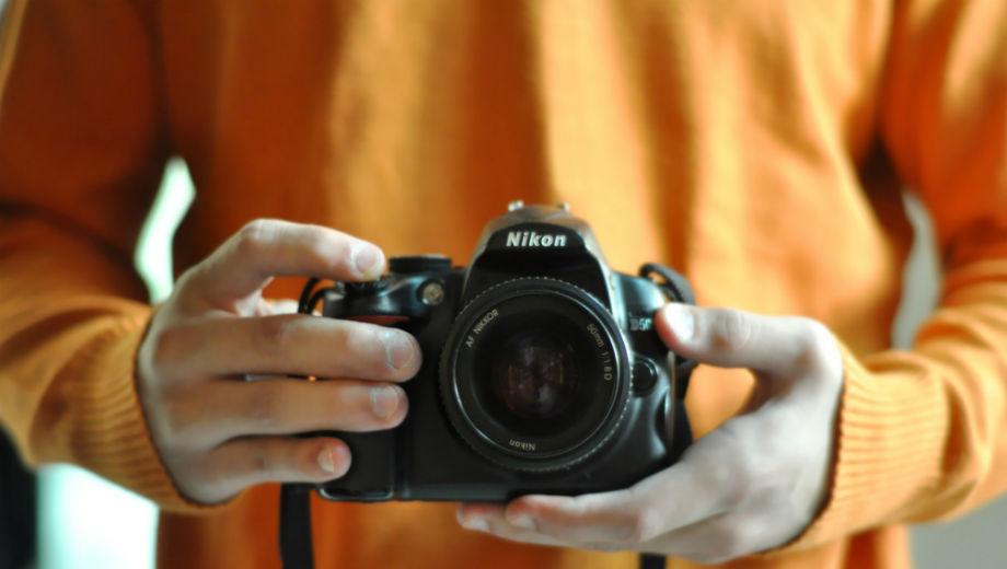 Explore the world (CC BY 2.0 by Mohammed Almousawi/https://www.flickr.com/photos/limit-qtr/6152622385/in/photolist-anFNhi-qDQBUN-7YFDo7-aeo4t8-6HD5Sk-aK54mk-4YgCuT-fdjuwS-baFn3i-ekjXn3-8Jtrmh-bQgrS8-8qgpjM-e86RX2-rsb99-8562R6-iNwuGd-rsb3o-e4rRP6-9Mxeg8-b8UEC2-Eej64K-7BXBER-7oXmza-74KU9q-8juh24-8bg1bZ-5vKqZg-c4Yemd-77YNmT-5SRZg4-51uxT1-6ZxEdK-4Thyi9-4LvtwA-57egsd-4M7QPv-5MXbFd-bPU6pt-5dN5Wv-5EYCG6-5VcNgJ-6faCKB-62dcx7-5ApuUq-2aj86p-4o1wQd-ac9nUn-hU2m3g-6ij78Z)