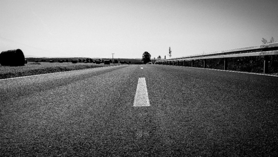 On the road (CC BY 2.0 by Matthias Ripp/https://www.flickr.com/photos/56218409@N03)