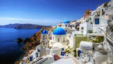 Santorini Greece (Image CC BY-NC-ND 2.0 mariusz kluzniak/ https://www.flickr.com/photos/39997856@N03/10920944764)