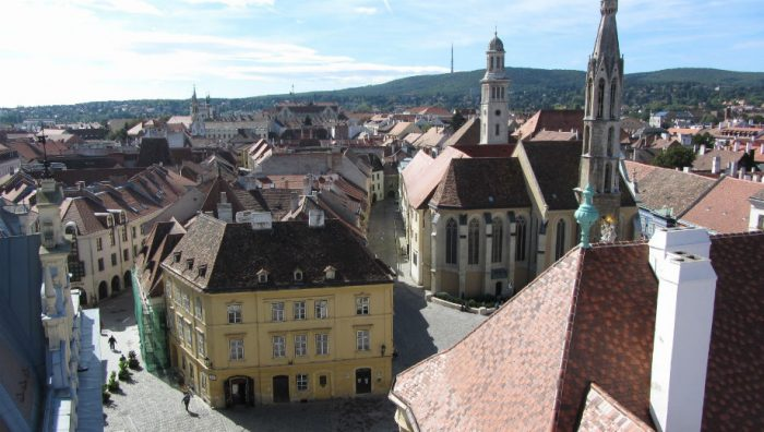Sopron (Roman Hobler CC by 2.0 https://www.flickr.com/photos/hobler/10153928345/)