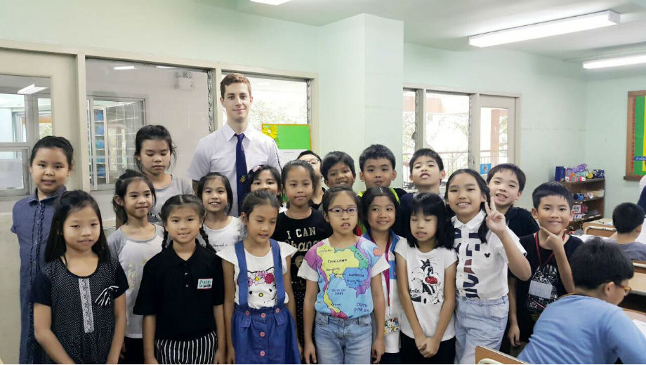 Thai school (Picture by Sebastian Kristandl)