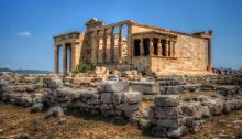 Athen (CC BY-NC-SA 2.0 by Pedro Szekely/https://www.flickr.com/photos/pedrosz/8385937092)