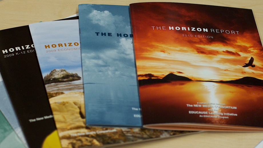 Horizon Reports (Image Alan Levine CC BY-SA 2.0)