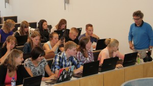 Dutch students writing there reports (Image Harrie Poulssen)