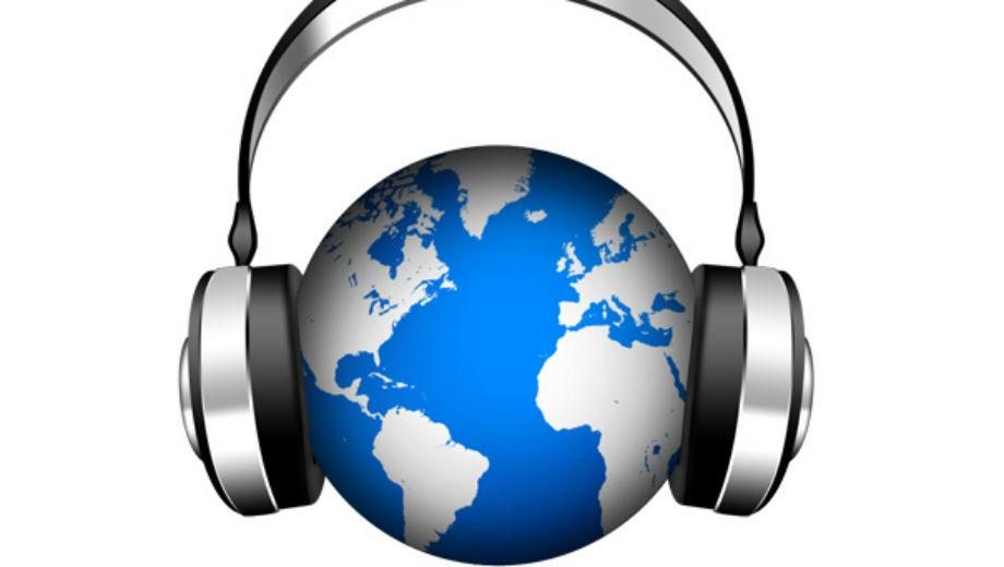 Radio Igel (http://www.psdgraphics.com/psd-icons/psd-world-music-icon-globe-with-headphones/)