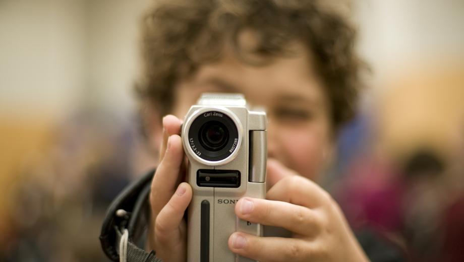 Livestream (Image David Gardiner CC BY 2.0)